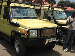 Safari Land Cruiser Hire & Driver in Uganda